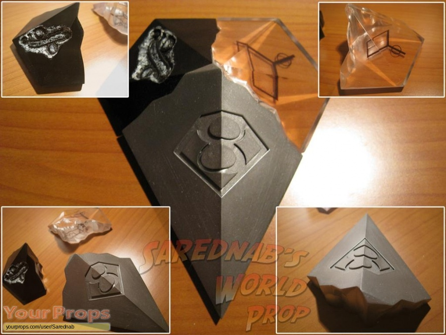 Smallville replica movie prop