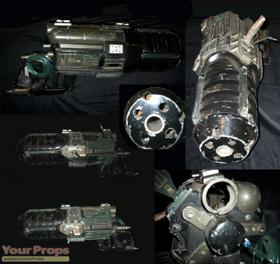 Predator 2 original movie prop