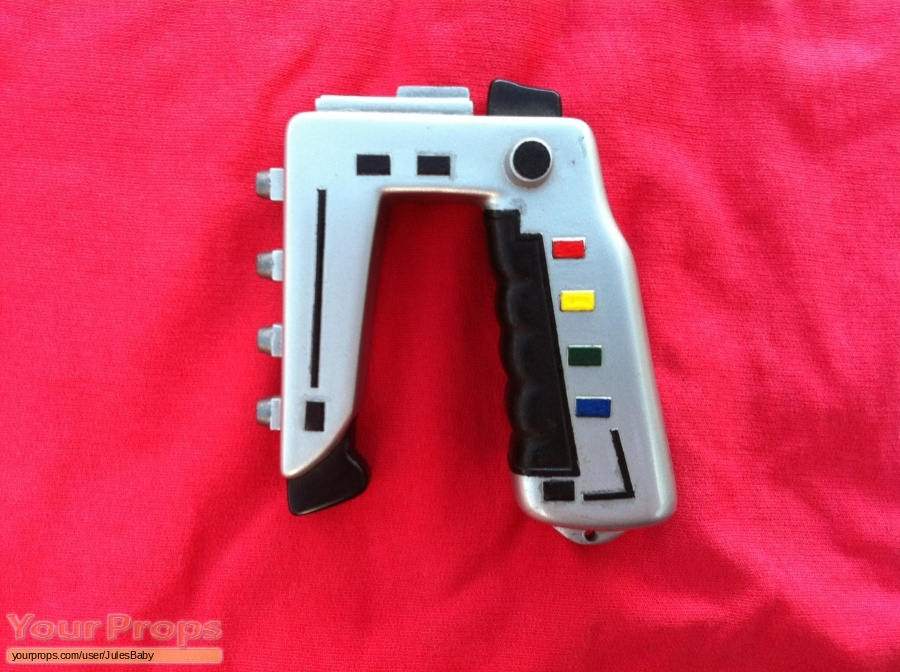Space  1999 replica movie prop weapon