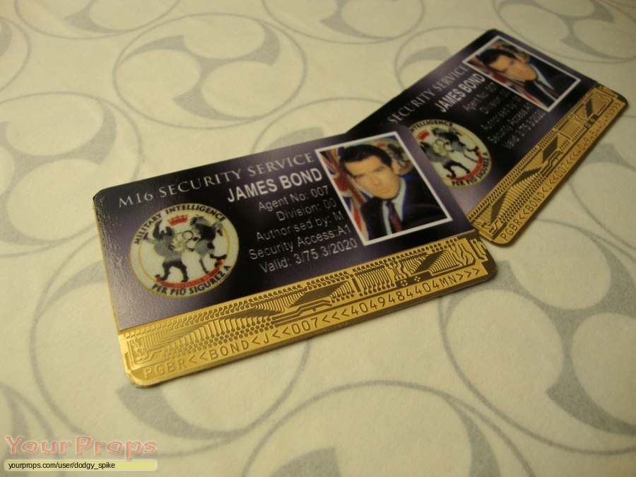 James Bond  The World Is Not Enough replica movie prop