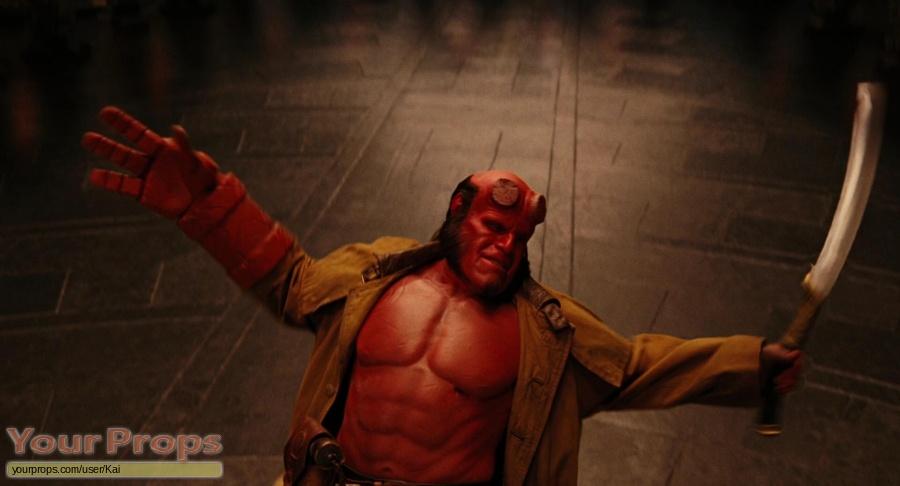 Hellboy 2  The Golden Army original movie prop weapon