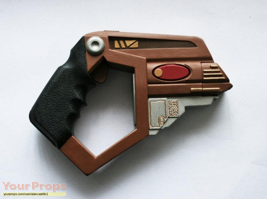 Star Trek  Deep Space Nine replica movie prop