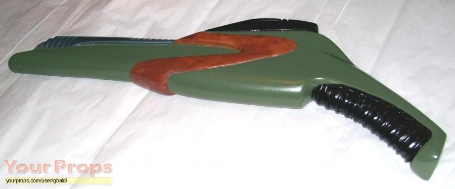 Star Trek  Voyager replica movie prop weapon