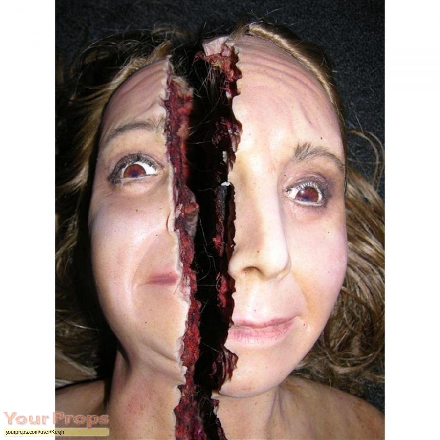 2001 Maniacs  Field Of Screams original movie prop