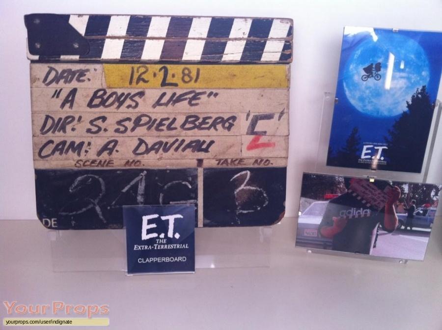 E T  the Extra-Terrestrial original production material