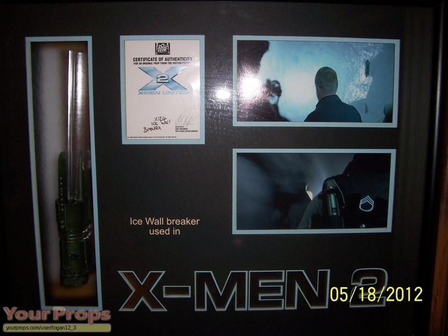 X2  X-Men United original movie prop
