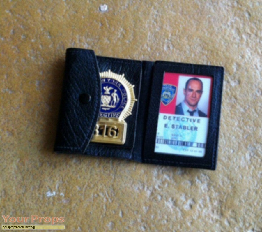 Law   Order  Special Victims Unit replica movie prop