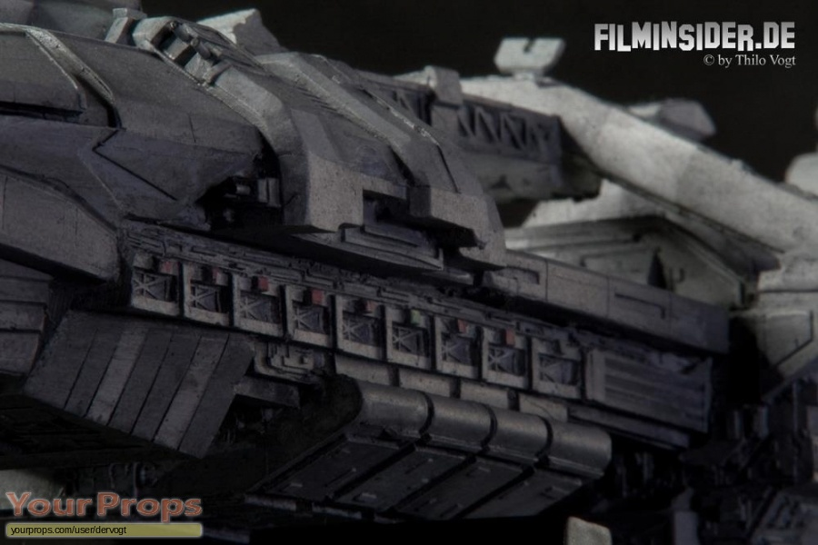 Starship Troopers replica model   miniature