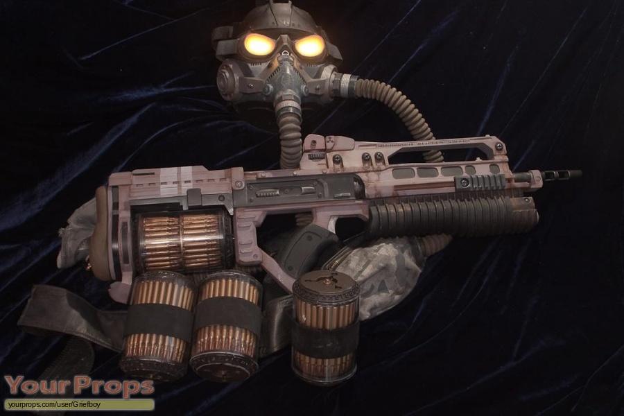 Killzone 2 (VG) replica movie prop weapon