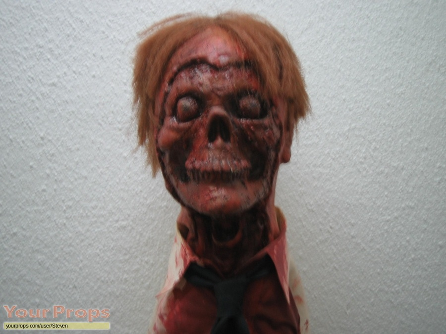 Night of the Creeps replica model   miniature