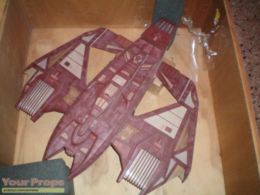 Star Trek  Voyager original model   miniature