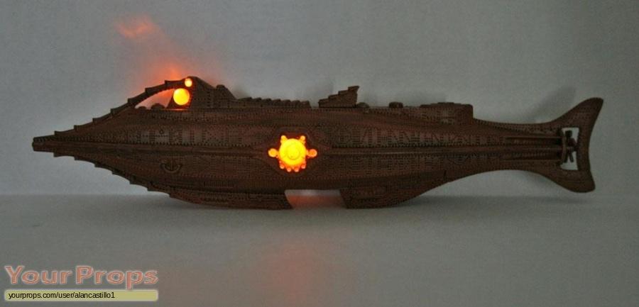 20 000 Leagues Under The Sea replica model   miniature