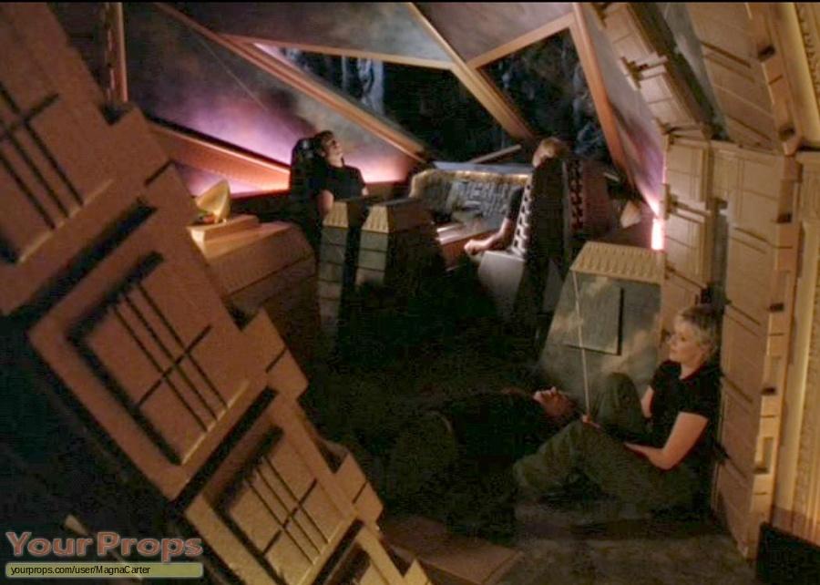 Stargate SG-1 original set dressing   pieces