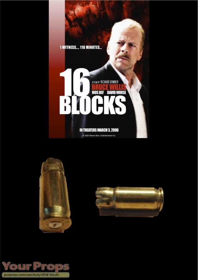 16 Blocks original movie prop weapon