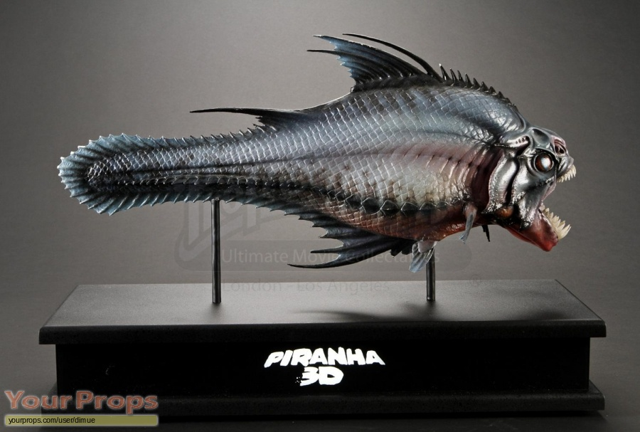 Piranha 3D original production material