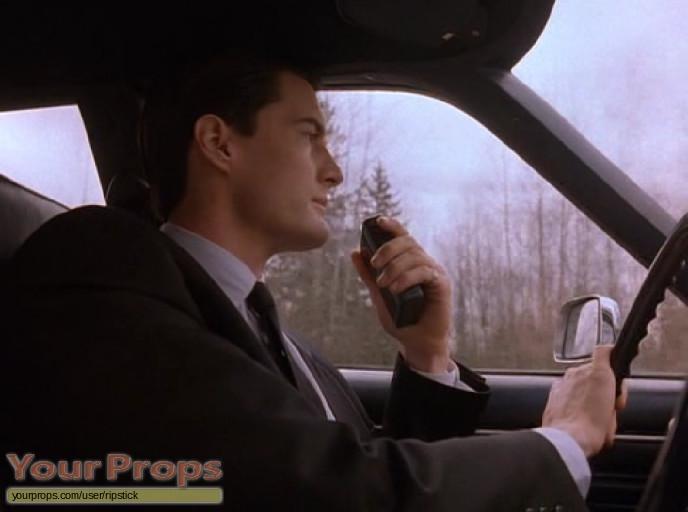 Twin Peaks replica movie prop