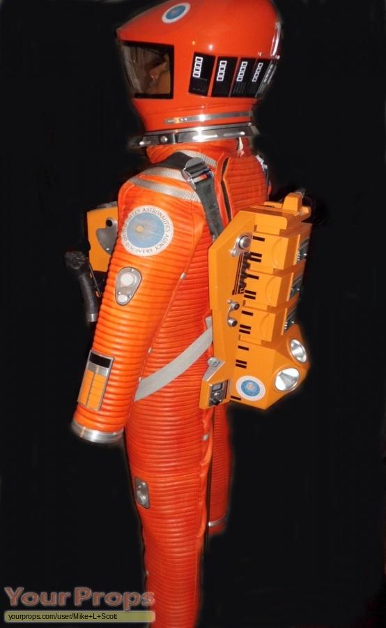 2001 space suit - photo #12