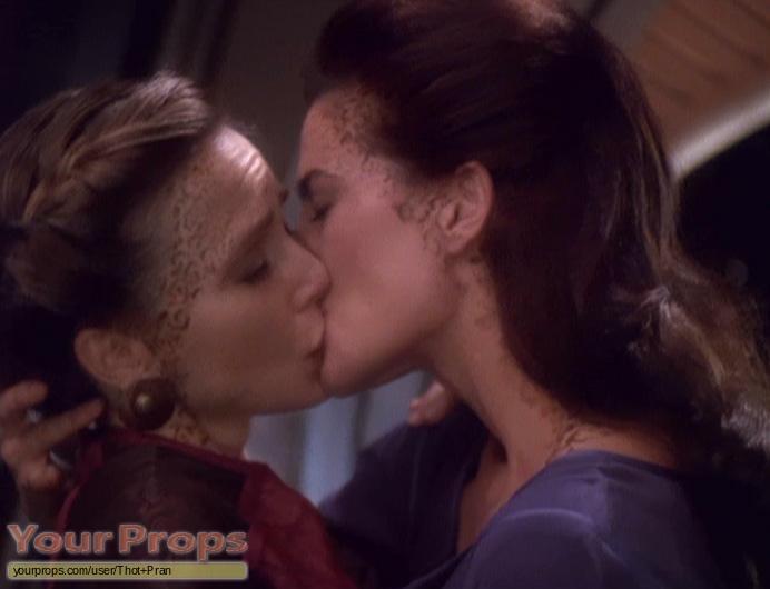 deep-space-nine-lesbian