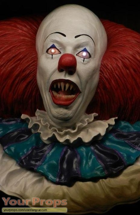 Stephen Kings It replica movie prop