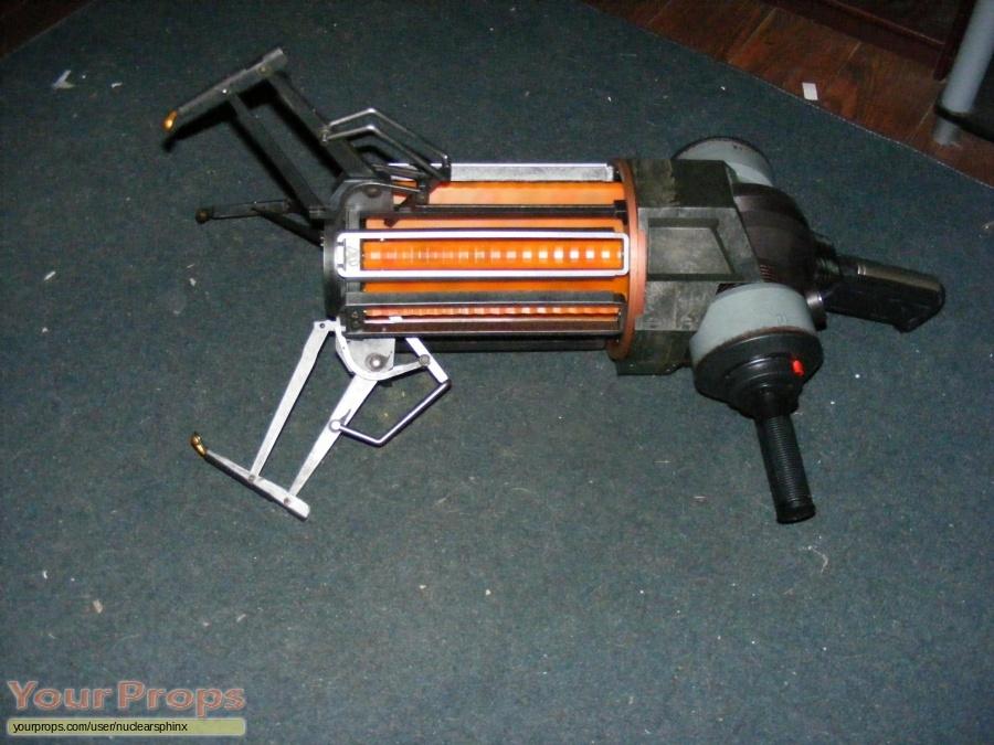 Half-Life 2 (video game) replica movie prop
