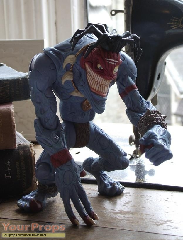 Small Soldiers replica movie prop