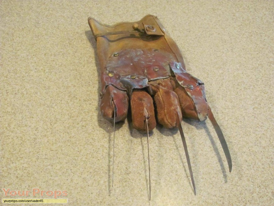 A Nightmare On Elm Street 5  The Dream Child original movie prop weapon