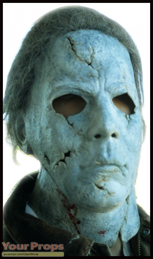 Halloween (Rob Zombies) replica movie prop