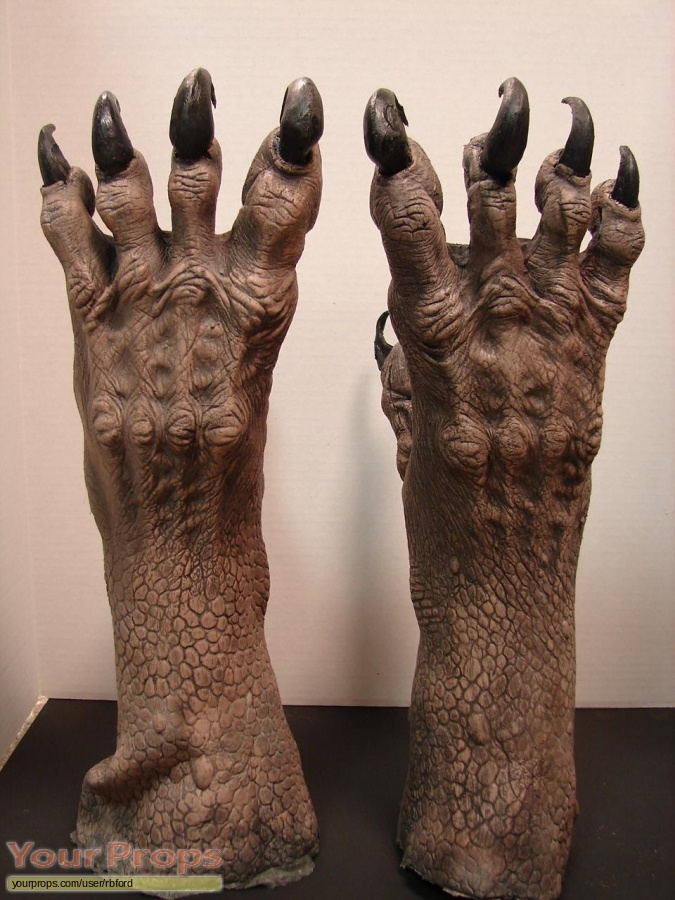 Jeepers Creepers 2 original make-up   prosthetics