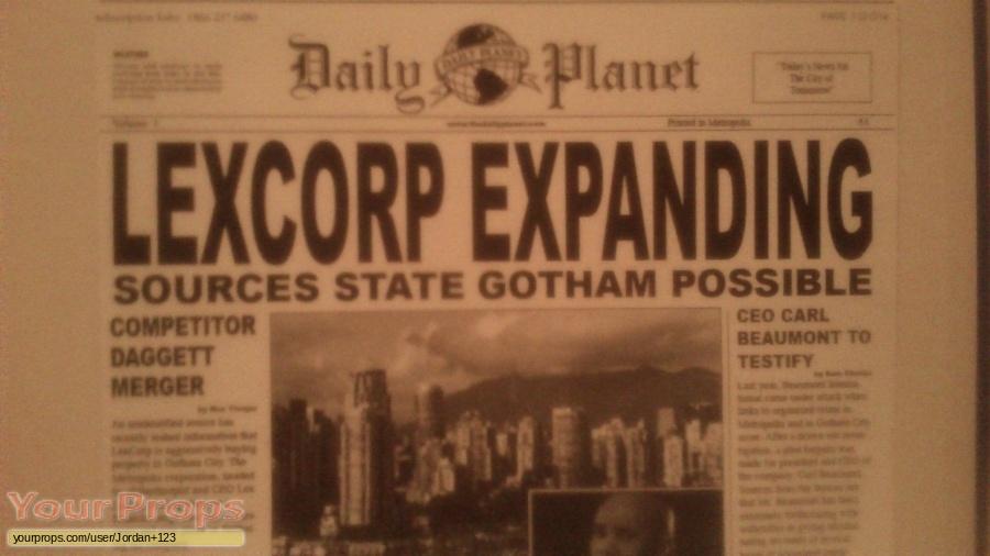 Smallville replica movie prop