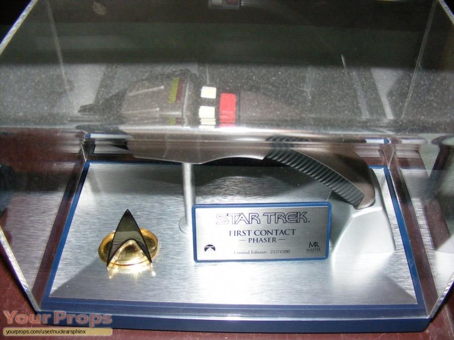 Star Trek  First Contact Master Replicas movie prop