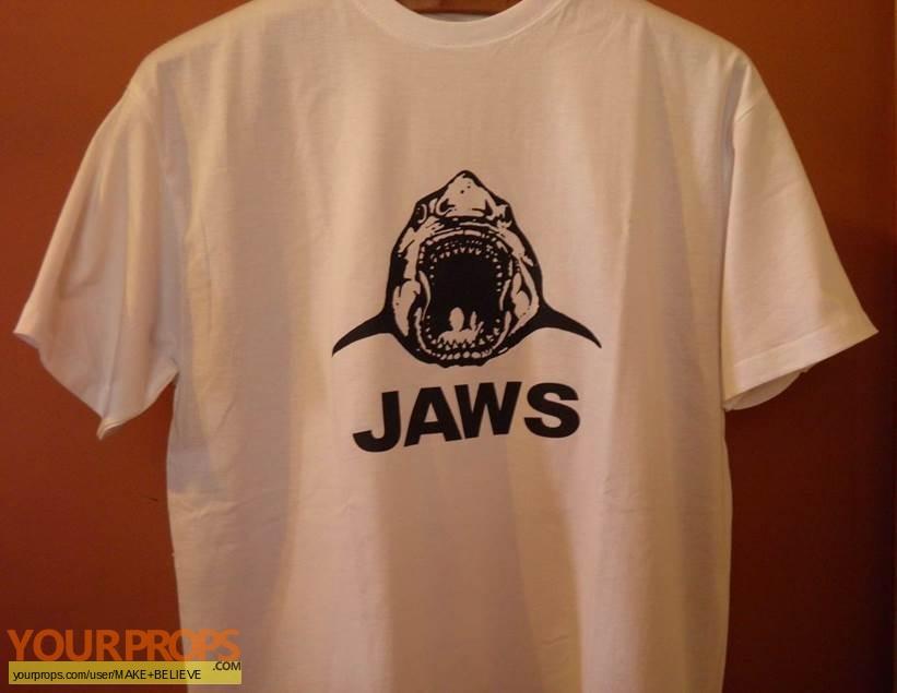 Jaws replica film-crew items