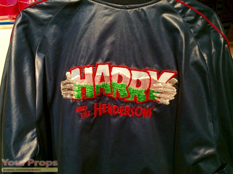 Harry and the Hendersons original film-crew items