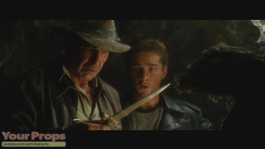 Indiana Jones And The Kingdom Of The Crystal Skull replica movie prop weapon