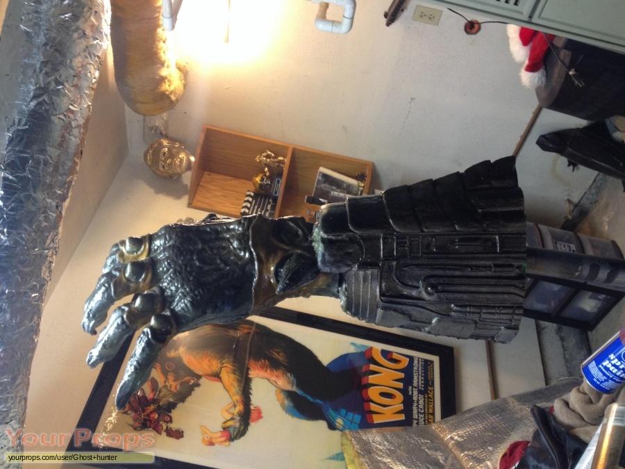Predator 2 made from scratch movie prop