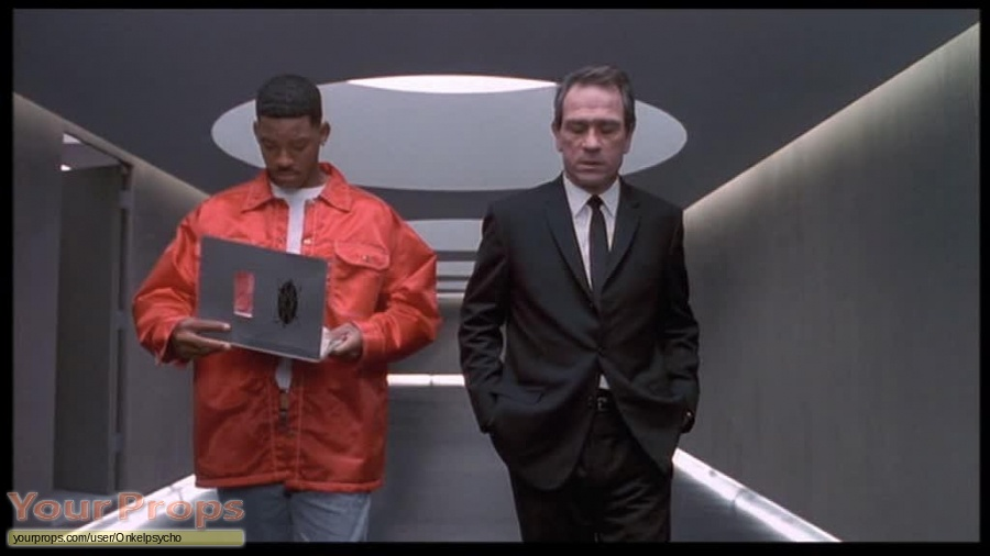 Men in Black replica movie prop