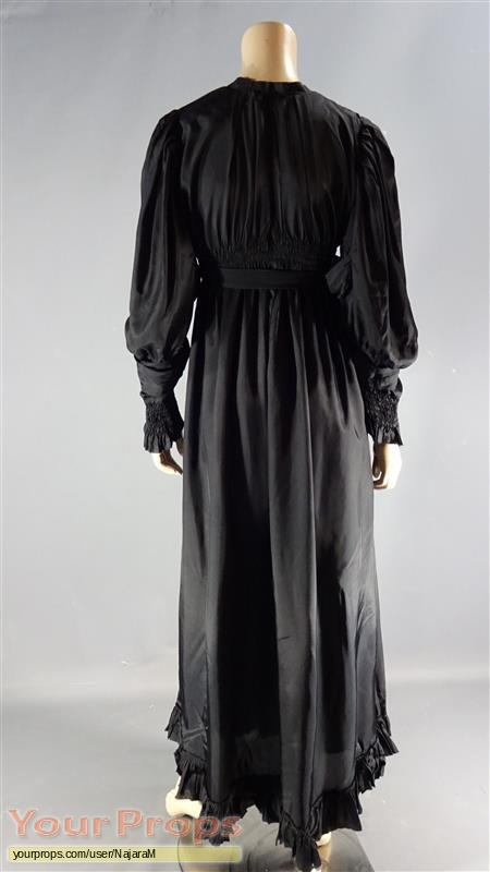 Witches of East End original movie costume
