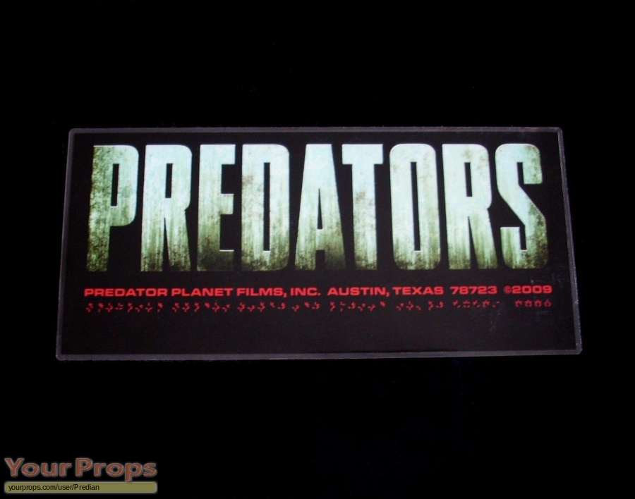 Predators original film-crew items