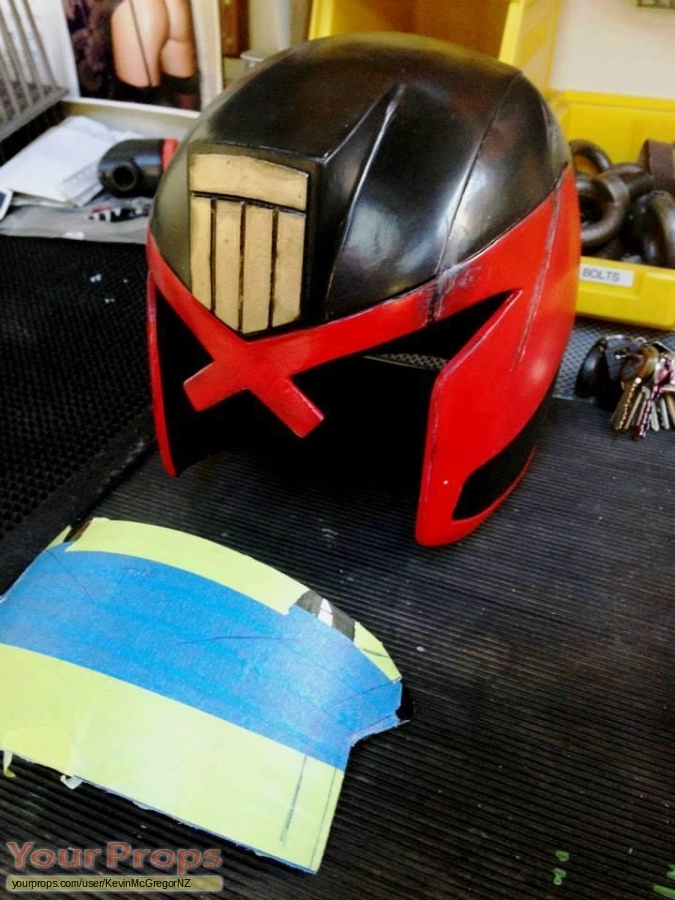 Dredd replica movie prop