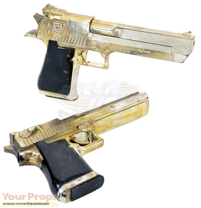Resident Evil  Apocalypse original movie prop weapon