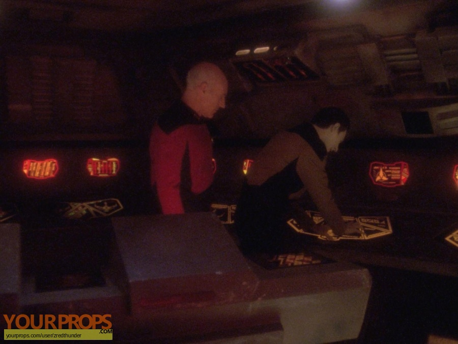 Star Trek  The Next Generation original set dressing   pieces