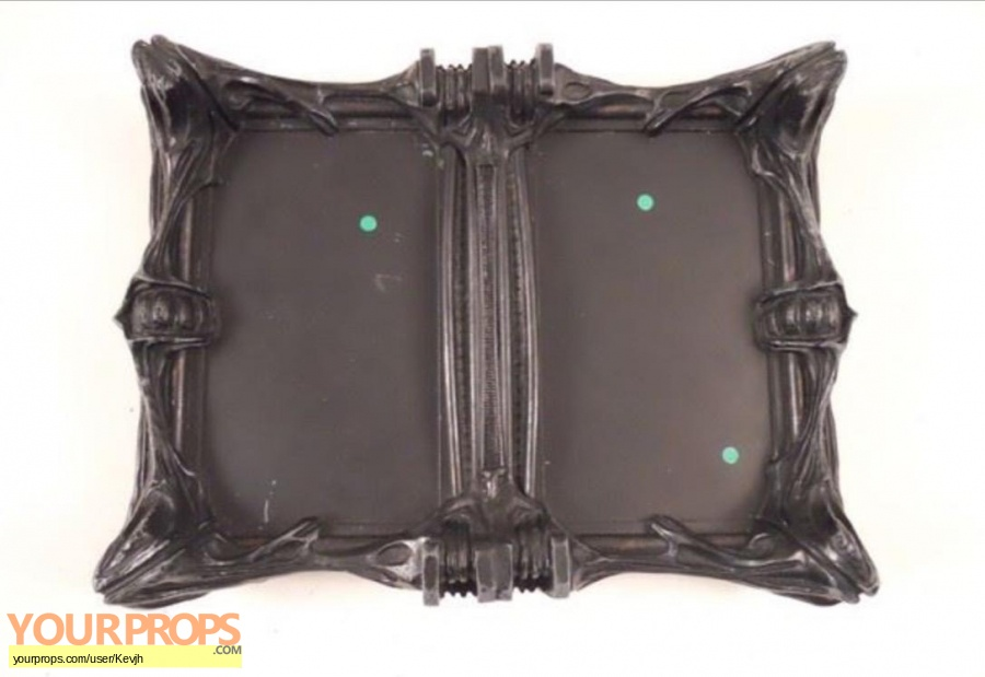 Falling Skies original movie prop