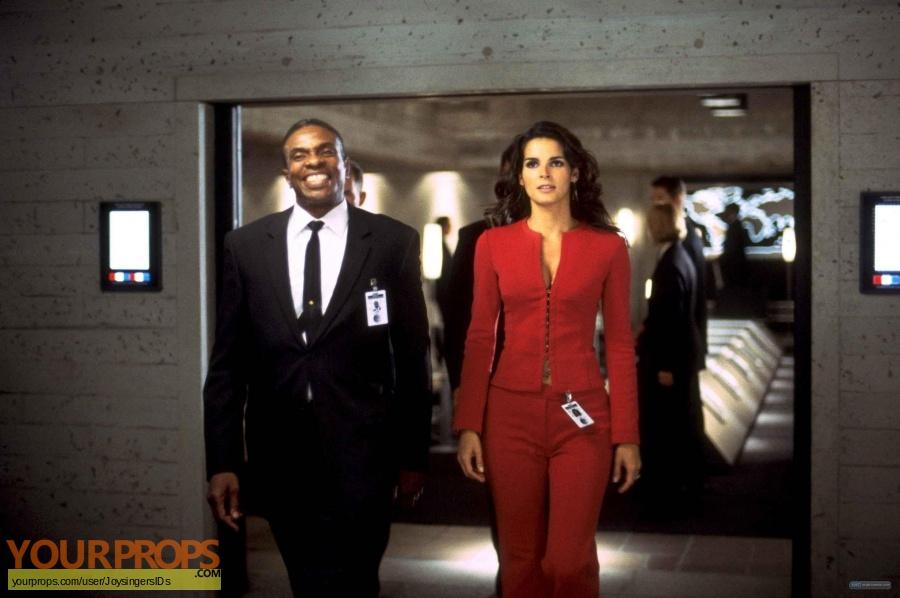 Agent Cody Banks replica movie prop