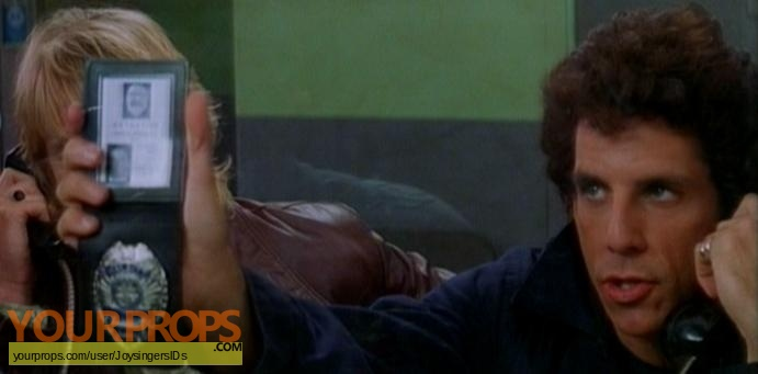 Starsky   Hutch replica movie prop