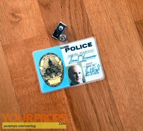 Alien Nation replica movie prop