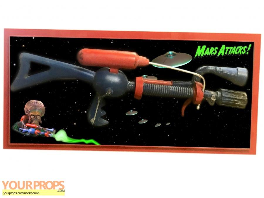 Mars Attacks  original movie prop