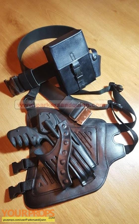 Farscape replica movie prop
