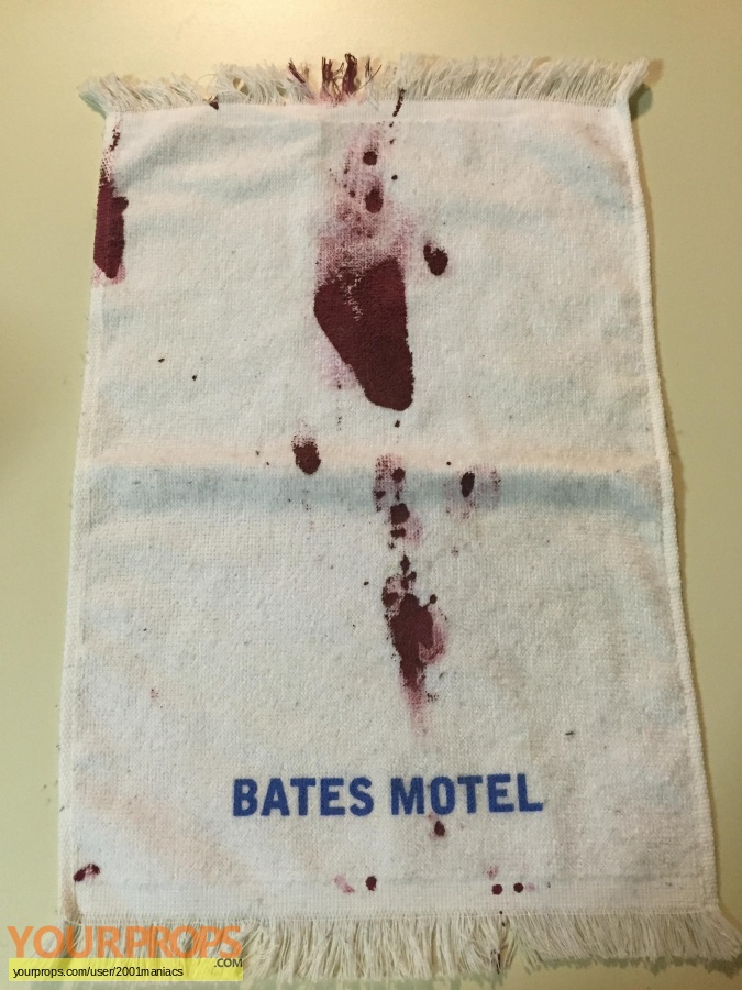 Bates Motel replica movie prop