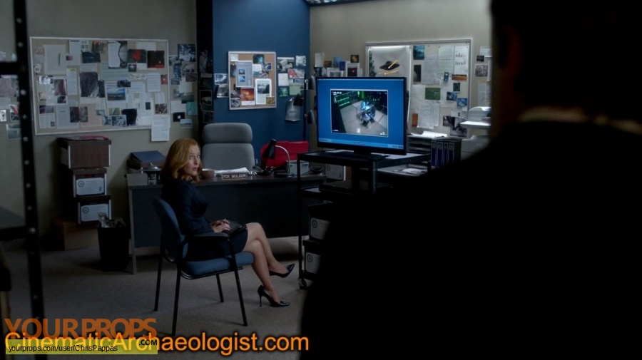 The X Files original set dressing   pieces