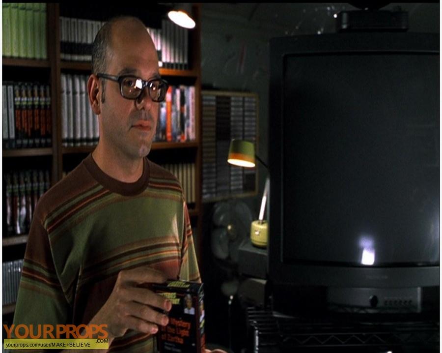 Men in Black II replica movie prop