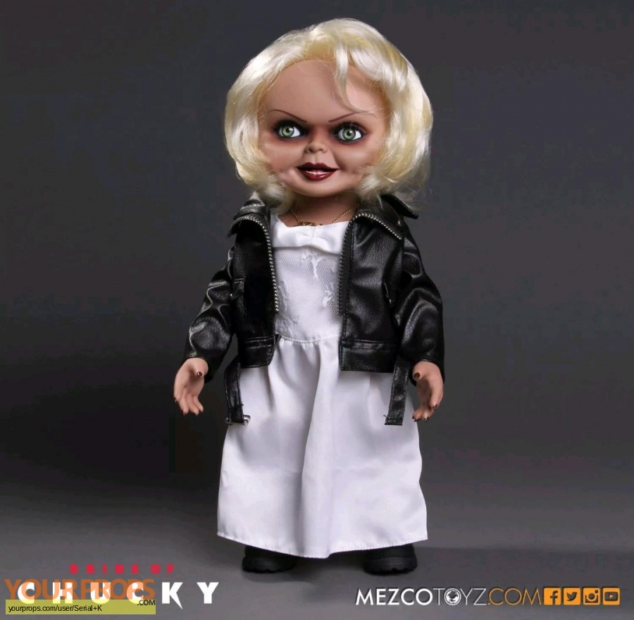 Bride of Chucky replica model   miniature
